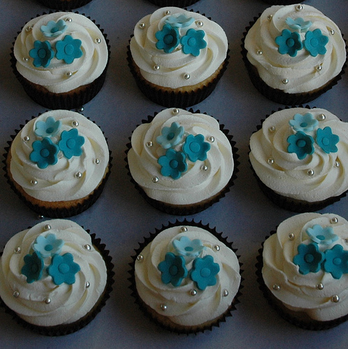 Cupcake Decorating Ideas Blue : Index of /wp-content/gallery/wedding-cupcakes-ideas-from ...