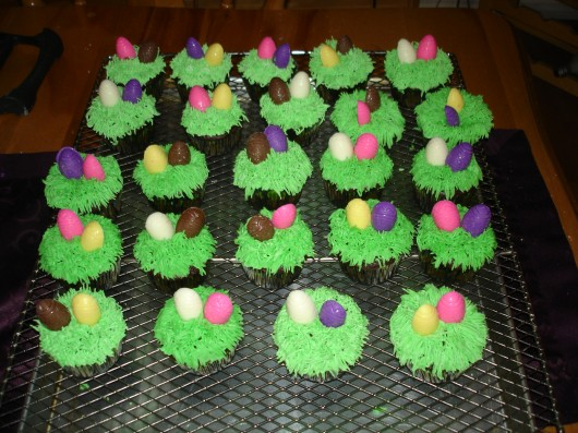 Easter Cupcakes with eggs