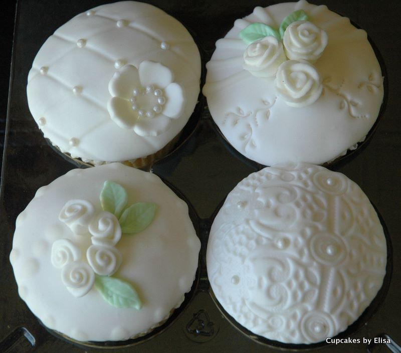Cupcake Ideas For Wedding: Vintage Themed Wedding Cupcakes