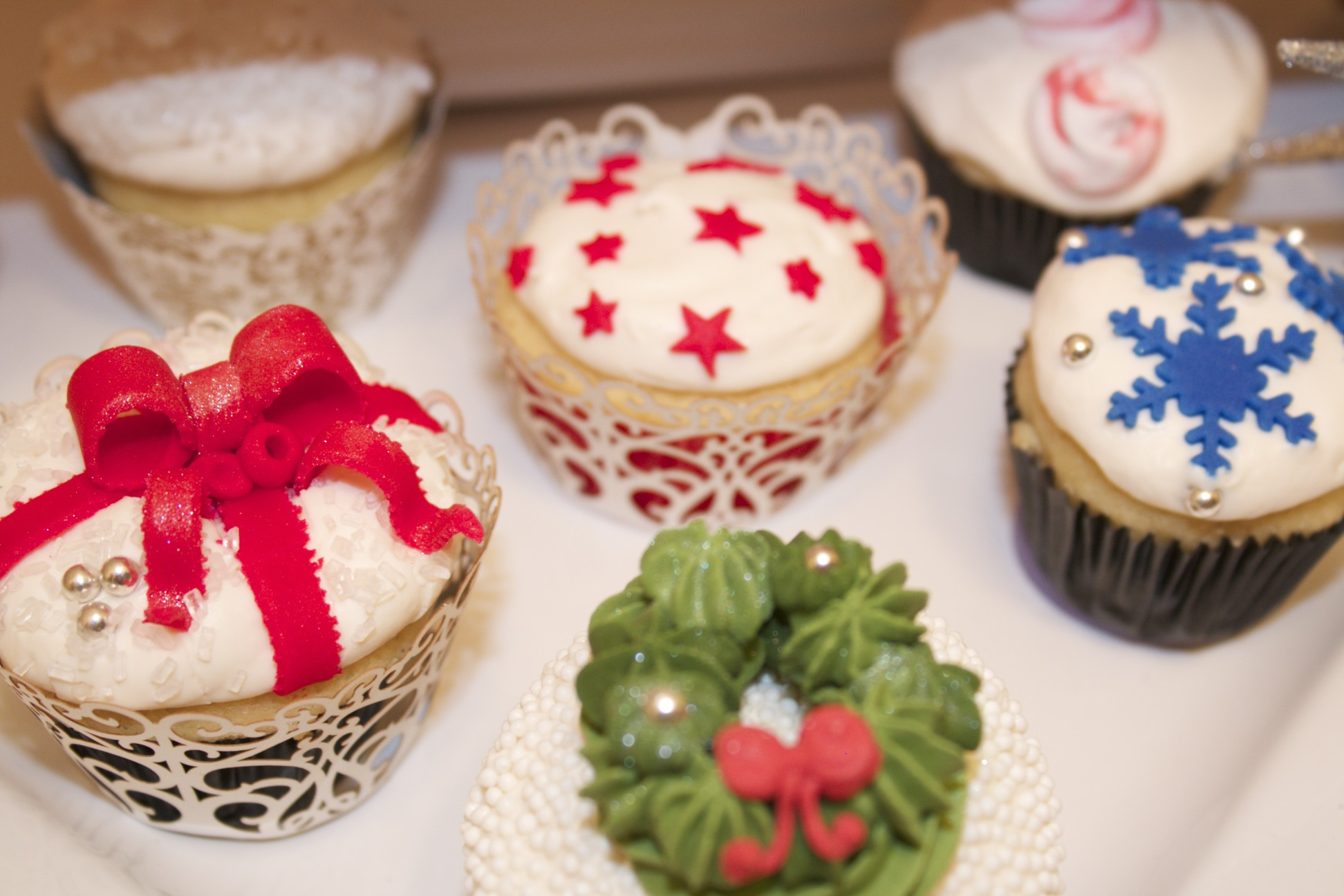 Christmas Cupcake Decorating Ideas Pinterest : Christmas Decorations Cupcake ~ All Ideas About Christmas ...