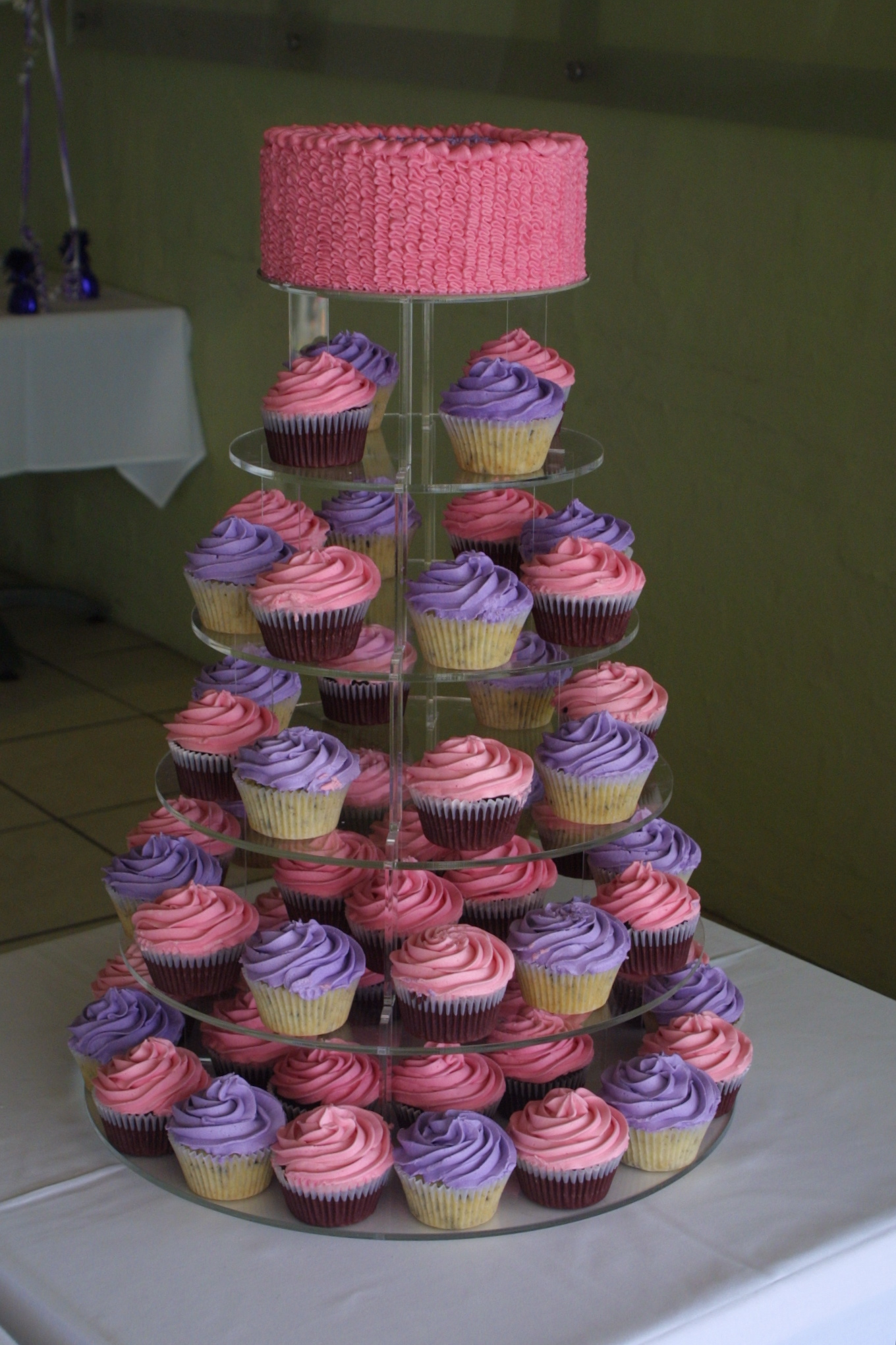 Birthday Cake Ideas With Cupcakes : Pretty in Pink & Purple Cupcake Ideas For You