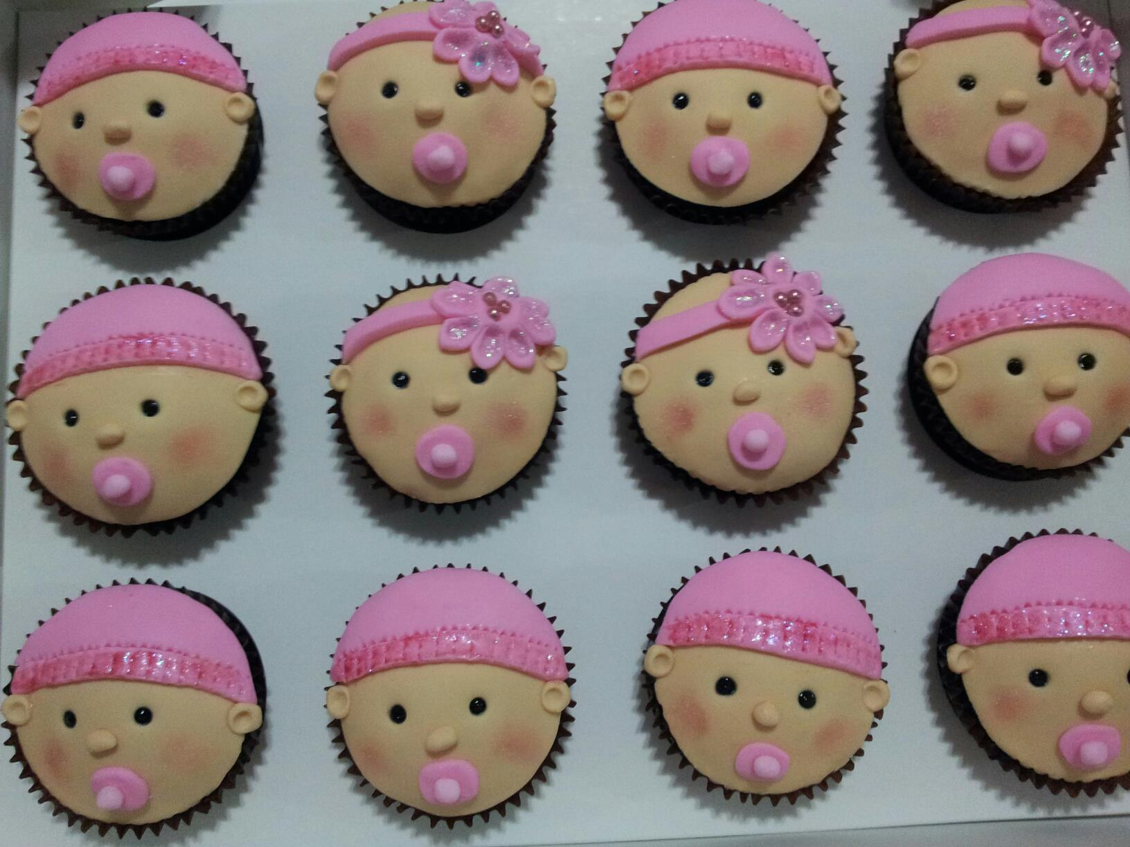 Baby shower food ideas baby shower ideas cupcakes for Baby girl baby shower decoration ideas