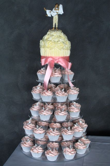 Want more cupcake ideas Check out these Black White Wedding