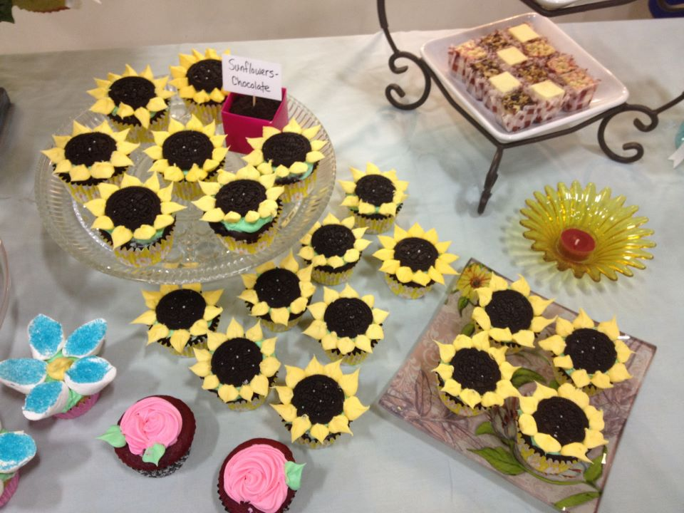 Cupcake Decorating Ideas For Weddings : Bridal Shower Cupcakes Decorating Ideas Bed Mattress Sale